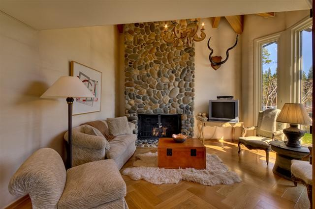 Lake Tahoe's Fleur Du Lac – River Rock Fireplace